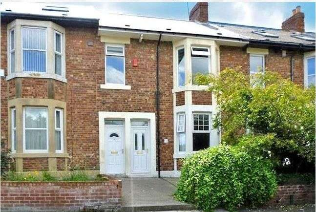4 Bedrooms Maisonette Flat for rent in Stratford Grove West, Heaton