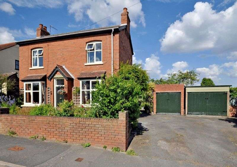 3 Bedrooms Detached House for sale in Sedgley Road, Wolverhampton