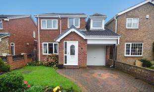 4 Bedrooms Detached House for sale in Aldcliffe Crescent, Doncaster
