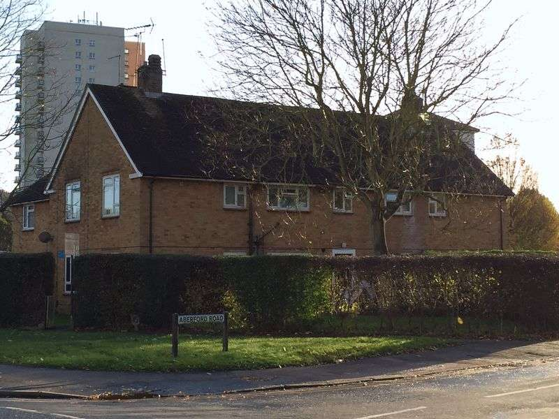 2 Bedrooms Flat for sale in BOREHAMWOOD