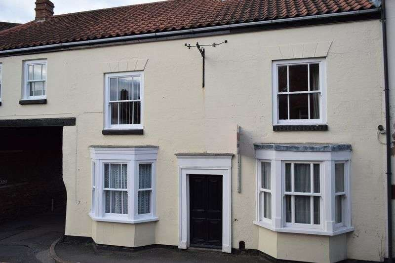 2 Bedrooms Terraced House for sale in Northgate, Louth