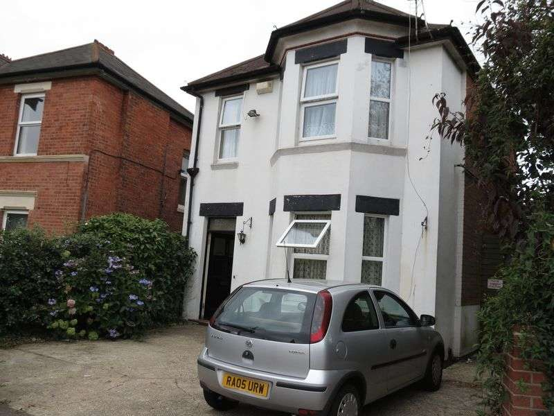 5 Bedrooms Detached House for rent in Richmond Park Road, Bournemouth