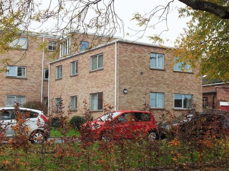3 Bedrooms Flat for sale in Bicester Road, Kidlington