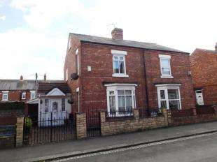 2 Bedrooms Semi Detached House for sale in Langdale Road, Darlington, Durham