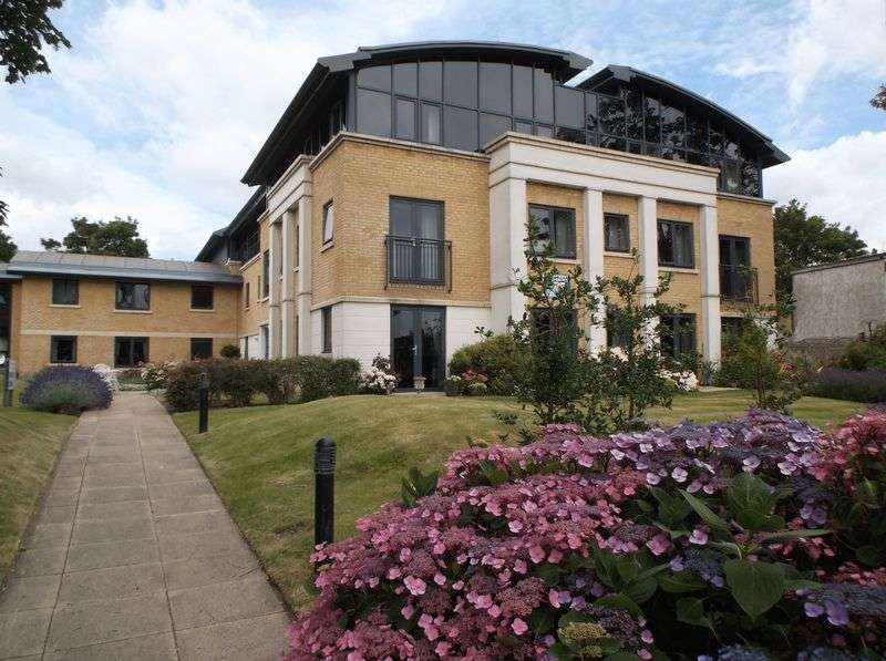 1 Bedroom Flat for sale in Amelia Court, Union Place, Worthing, West Sussex: NO CHAIN One bed first floor Assisted Living retirement apartment