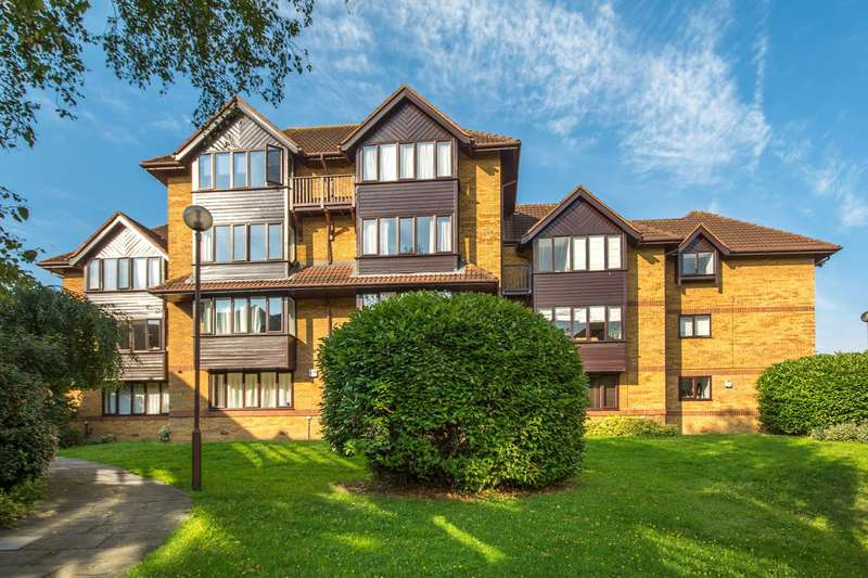 2 Bedrooms Flat for sale in Linwood Close, Denmark Hill, SE5