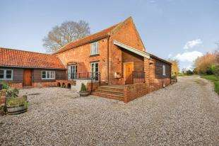 4 Bedrooms Link Detached House for sale in Chapel Road, Barford, Norwich