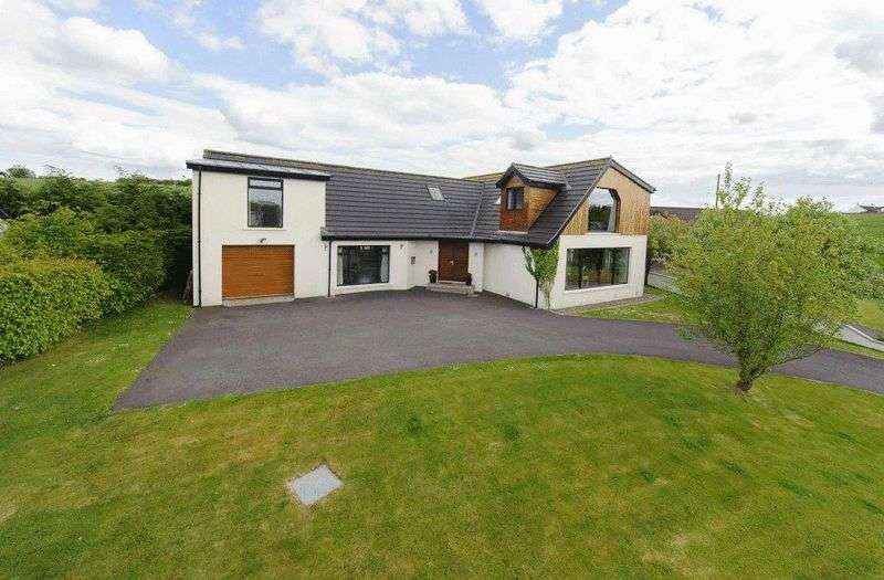 4 Bedrooms Detached House for sale in 186 Mealough Road, Carryduff, BT8 8LY