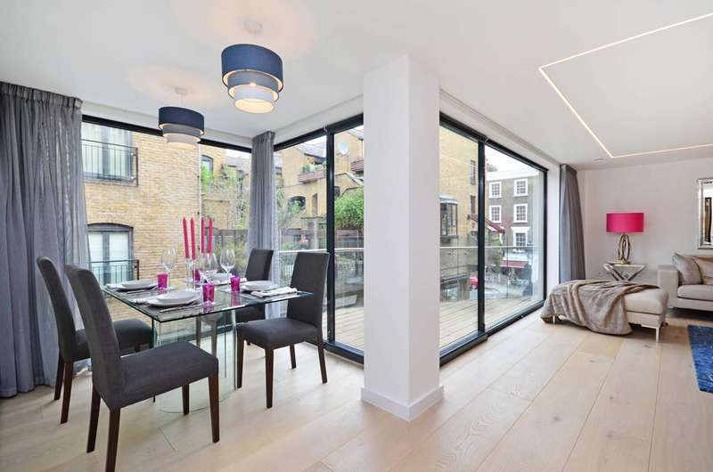 2 Bedrooms Flat for sale in Shelton Street, Covent Garden, WC2H