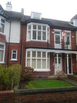 3 Bedrooms Flat for sale in Oakdene Avenue, Darlington, Durham