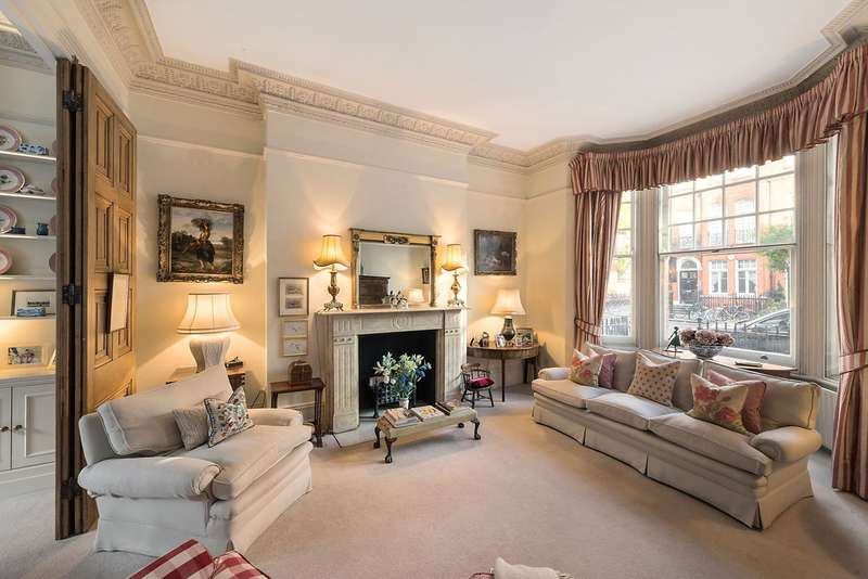 3 Bedrooms Maisonette Flat for sale in Oakley Street, London, SW3