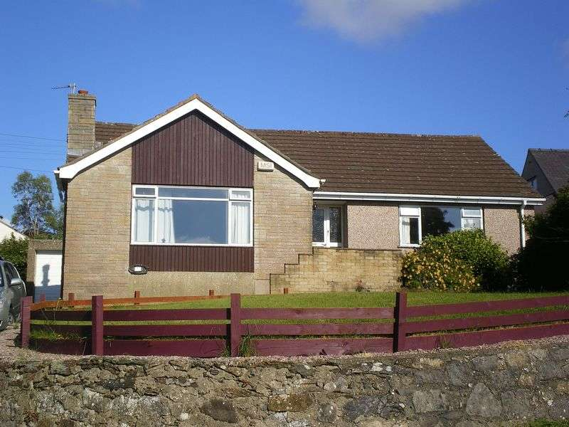 3 Bedrooms Detached Bungalow for sale in Rhostrehwfa, Anglesey