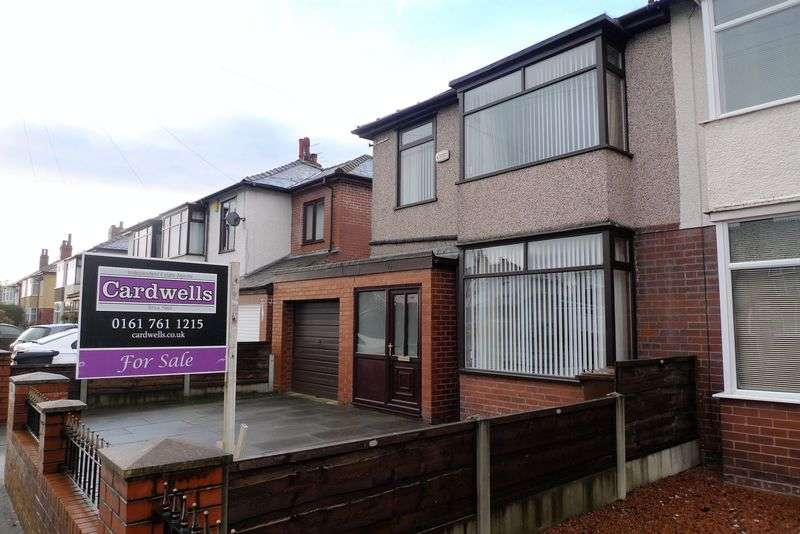 3 Bedrooms Semi Detached House for sale in Brandlesholme Road, Bury
