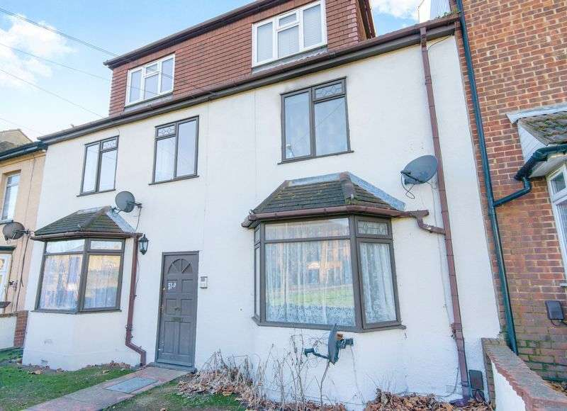 1 Bedroom Flat for sale in Southchurch Avenue, Southend-On-Sea SS1