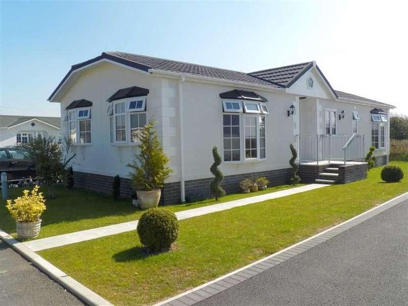 3 Bedrooms Property for sale in Scamford Park, Camrose, Haverfordwest