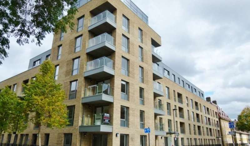 2 Bedrooms Apartment Flat for sale in Black Prince Road, London