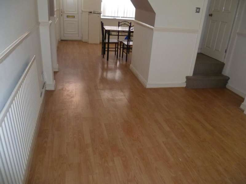 2 Bedrooms Property for sale in Preston Street, Smallthorne, Stoke-On-Trent, ST6