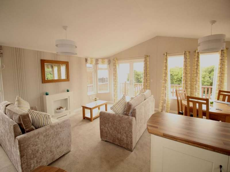 2 Bedrooms Bungalow for sale in Port Haverigg Holiday Village, Haverigg, Millom, LA18