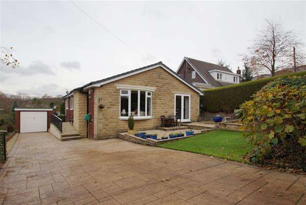 3 Bedrooms Bungalow for sale in Springmeadow Lane, Uppermill