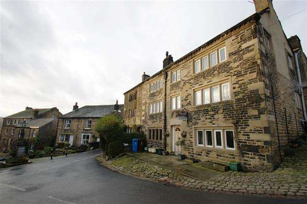 4 Bedrooms Property for sale in Sandy Lane, Dobcross