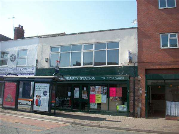 2 Bedrooms Apartment Flat for sale in High Street, Brierley Hill