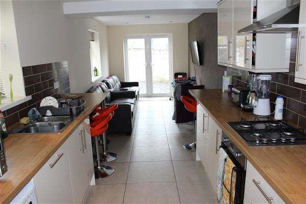 7 Bedrooms Terraced House for rent in Brithdir Street, Cathays, Cardiff