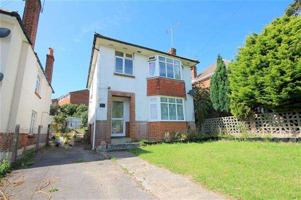 3 Bedrooms Detached House for sale in Southill Road, Parkstone, Poole