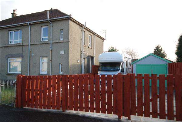 2 Bedrooms Apartment Flat for sale in Sinclair Street, Stevenston