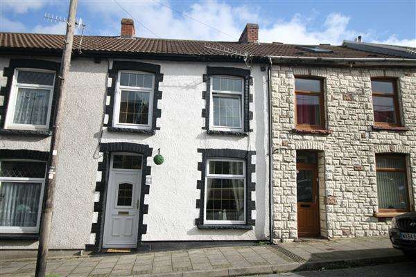 4 Bedrooms Terraced House for sale in Hughes Street, Tonypandy