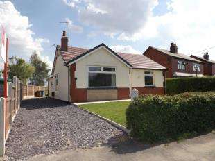 4 Bedrooms Bungalow for sale in Town Lane, Charnock Richard, Chorley, Lancashire