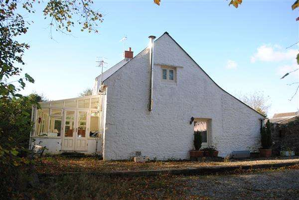 2 Bedrooms Cottage House for sale in The Dairy, Golden Lane, Pembroke
