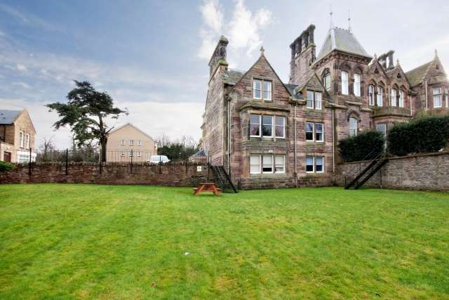2 Bedrooms Apartment Flat for sale in Kingston Avenue, Liberton, Edinburgh, City of Edinburgh, EH16 5SW