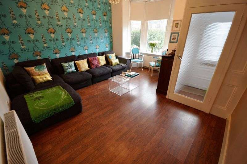 2 Bedrooms Terraced House for sale in Manchester Road, Heywood