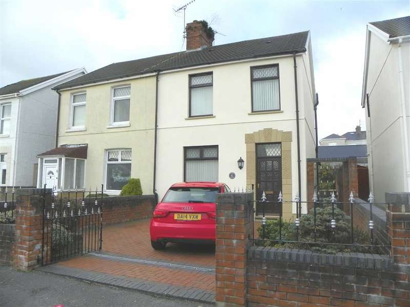 3 Bedrooms Property for sale in New Zealand Street, Stradey, Llanelli