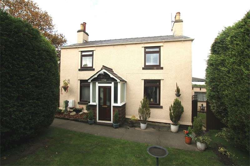 2 Bedrooms Detached House for sale in Pensby Road, Heswall