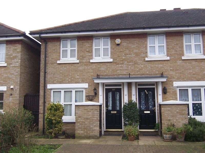 3 Bedrooms House for sale in Sumner Road, Peckham