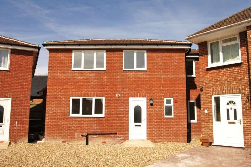 3 Bedrooms Detached House for sale in Templars Firs, Royal Wootton Bassett, Wiltshire
