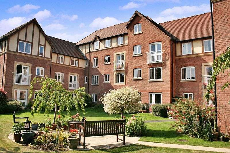 1 Bedroom Retirement Property for sale in Santler Court, Malvern, WR14 1SF