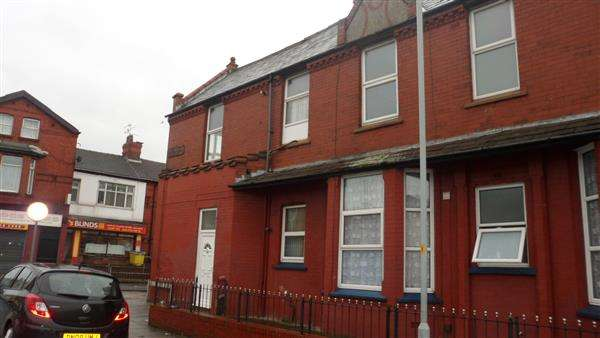 2 Bedrooms Apartment Flat for sale in Linacre Road, Litherland