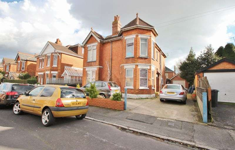 9 Bedrooms Detached House for sale in Windermere Road, Bournemouth