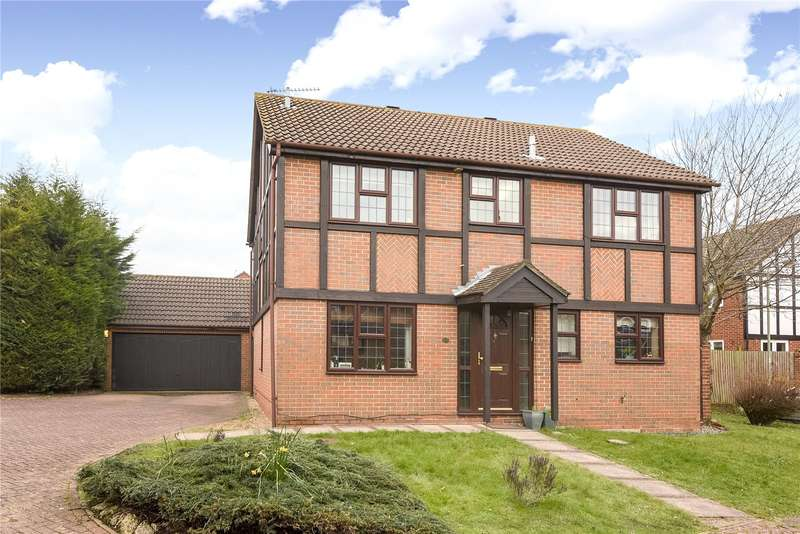 4 Bedrooms Detached House for rent in Cutbush Close, Lower Earley, Reading, Berkshire, RG6