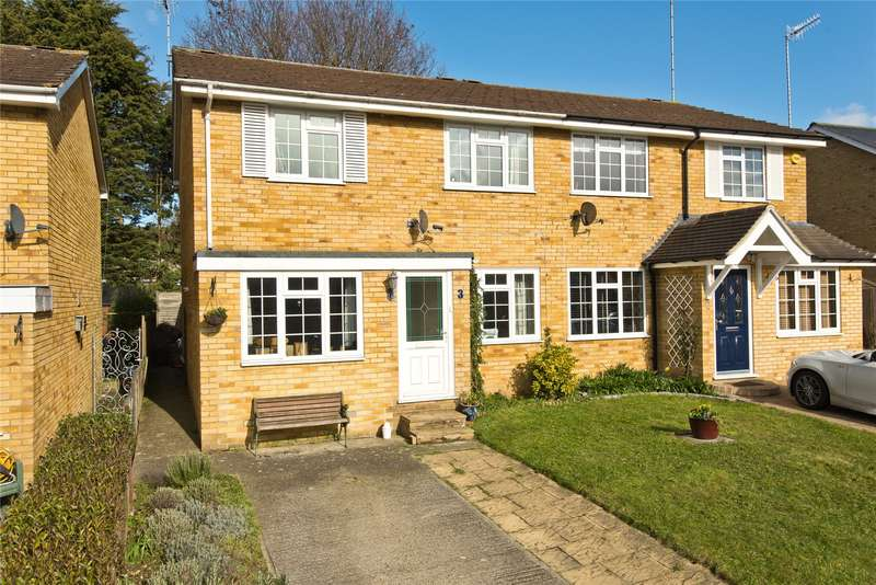 3 Bedrooms Semi Detached House for sale in Four Wents, Cobham, Surrey, KT11