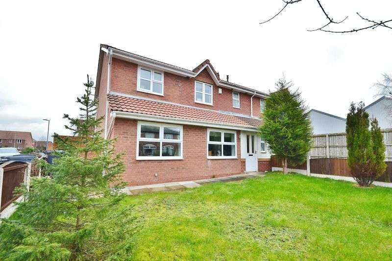 3 Bedrooms Semi Detached House for sale in Gorton Street, Eccles