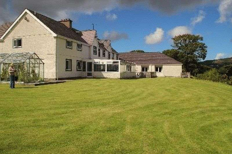 26 Bedrooms Detached House for sale in Llanberis