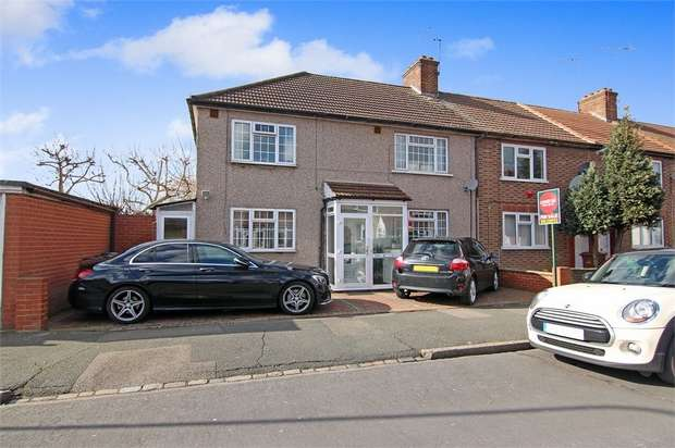3 Bedrooms End Of Terrace House for sale in Sturge Avenue, Walthamstow, London