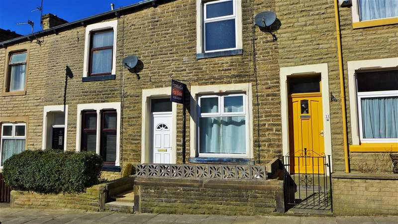 2 Bedrooms Terraced House for sale in St Johns Road, Gannow Top, Burnley
