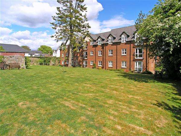 1 Bedroom Apartment Flat for sale in Pritchard Court, Llandaff