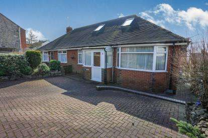 3 Bedrooms Bungalow for sale in Well Street, Mow Cop, Stoke-On-Trent, Cheshire