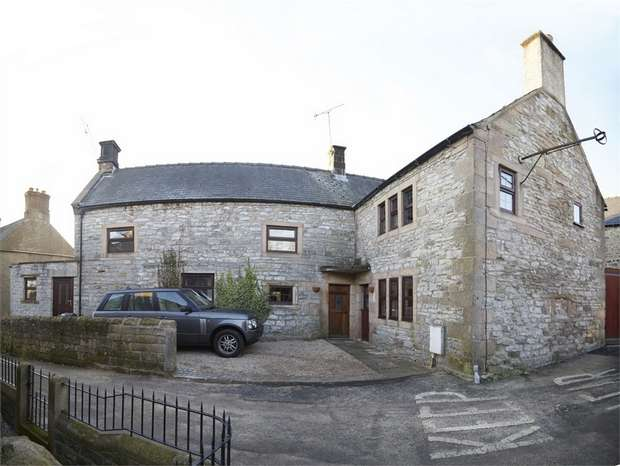 4 Bedrooms Detached House for sale in Main Road, Wensley, Matlock, Derbyshire