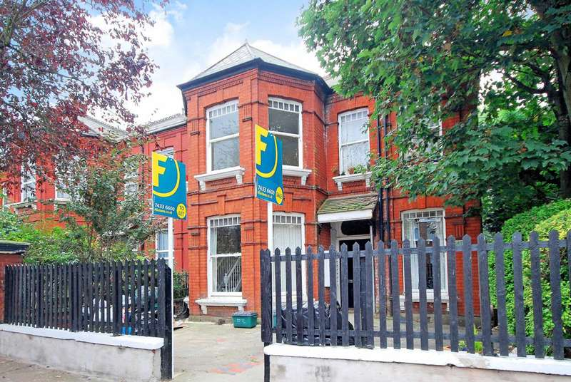 Studio Flat for sale in Fordwych Road, West Hampstead, NW2